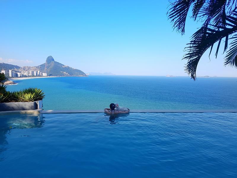 piscina do suites by dussol