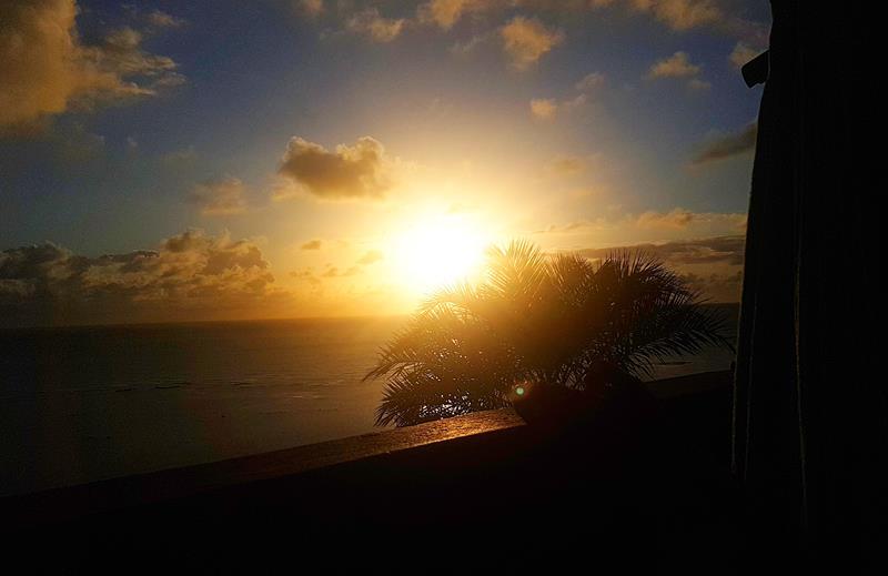nascer do sol visto da rede