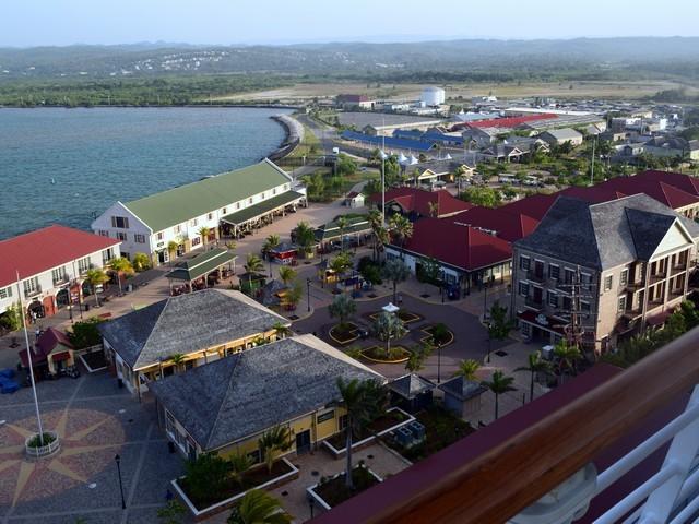 porto falmouth mar lojas coloridas telhados coloridos