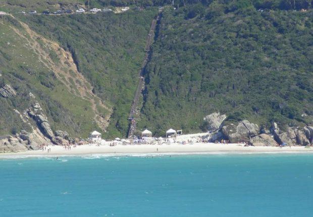 praia do pontal do atalaia