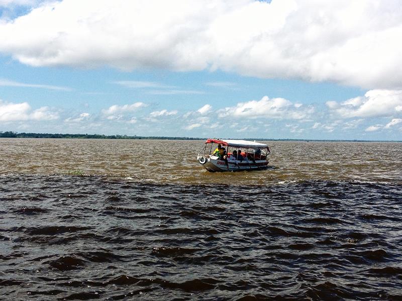 encontro dos rios em Manaus
