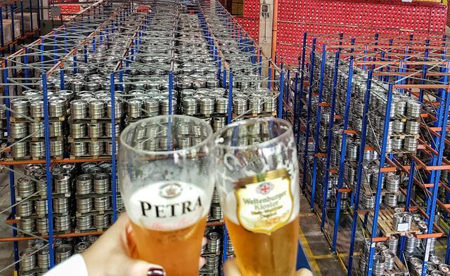 beer tour grupo petropolis brinde