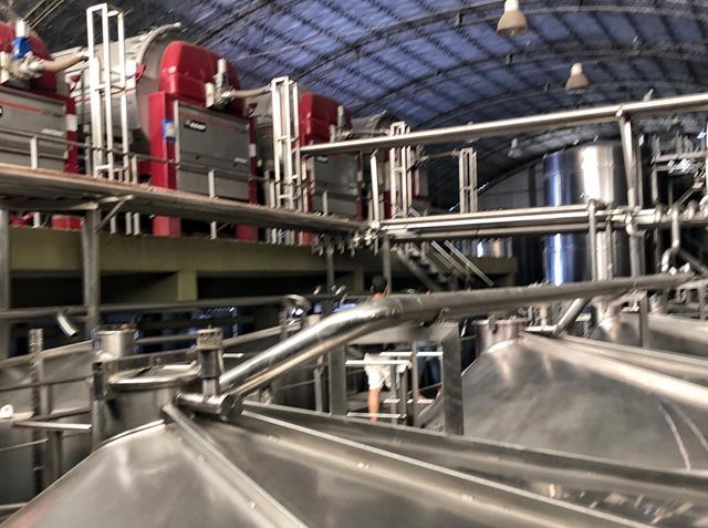 Maquinas que produzem o vinho
