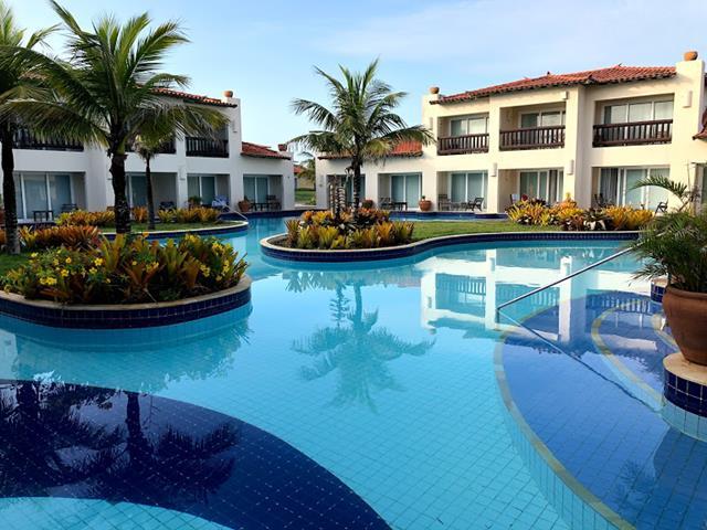 piscina ilha coqueiros suítes no buzios beach resort