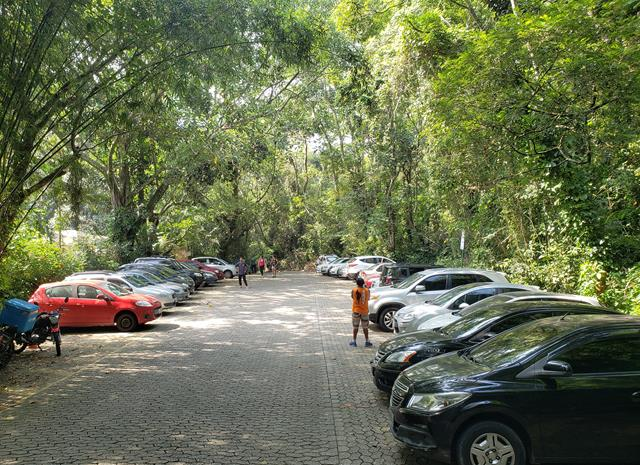 Estacionamento trilha pedra bonita