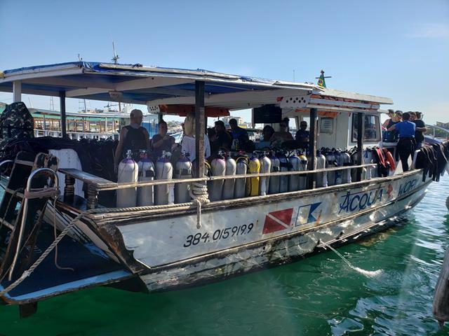 Barco Mergulho em Arraial do Cabo
