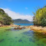 Lagoa verde em Ilha Grande