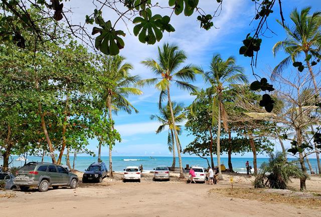 Estacionamento praia da Pitinga