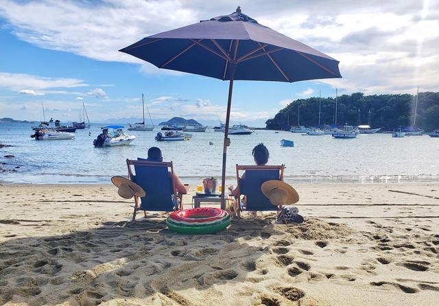 Serviços de praia do Vila da Santa