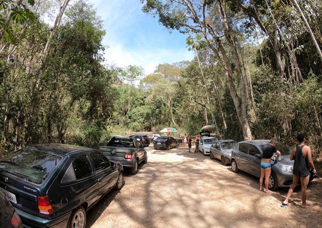 Estacionamento cachoeira da Macumba