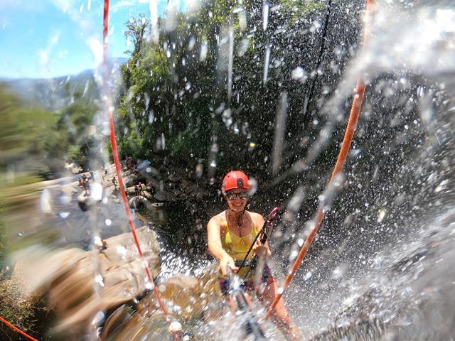 Rapel positivo na cachoeira da macumba
